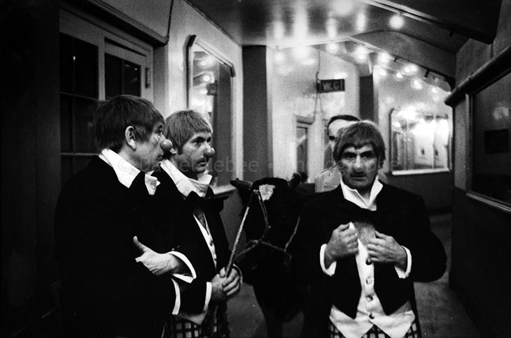 1971 - Gala de l'Union des Artistes, Jacques Legras Maurice Baquet Michel Serrault